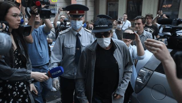 В медклинику ехал в день смертельной аварии пьяный актер Ефремов