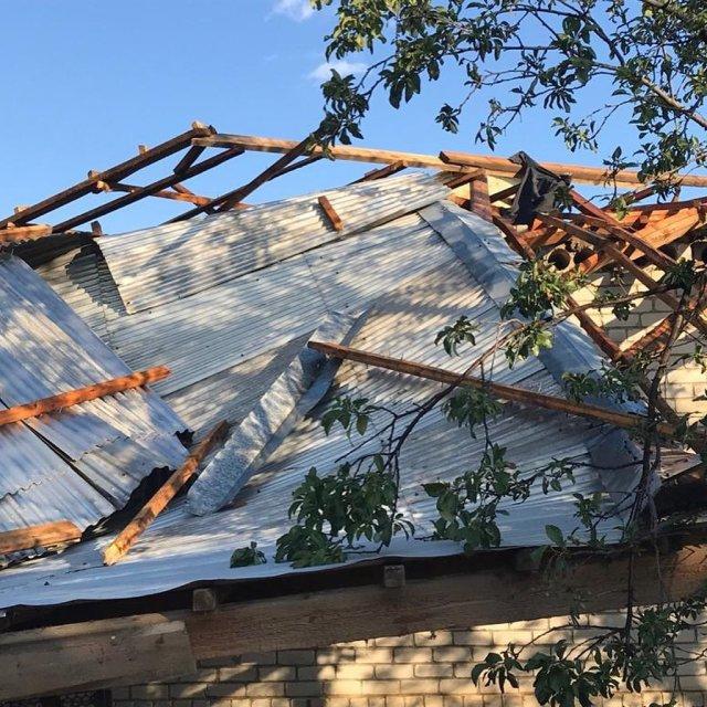 Последствия урагана устраняют в станице Беломечетской на Ставрополье