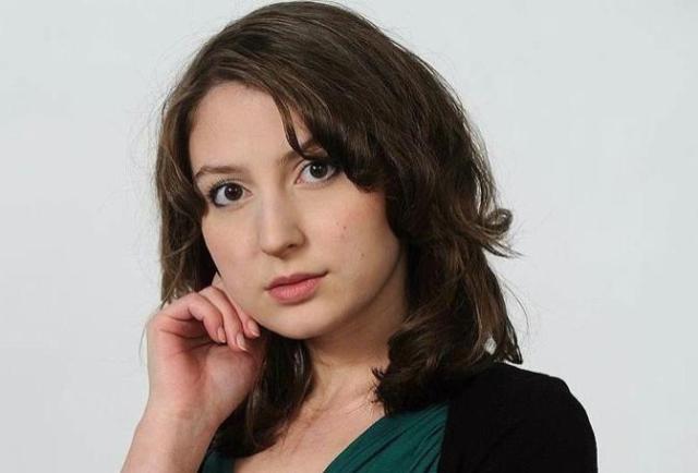 """В квартире главного редактора журнала """"Холод"""" Таисии Бекбулатовой проходят обыски"""