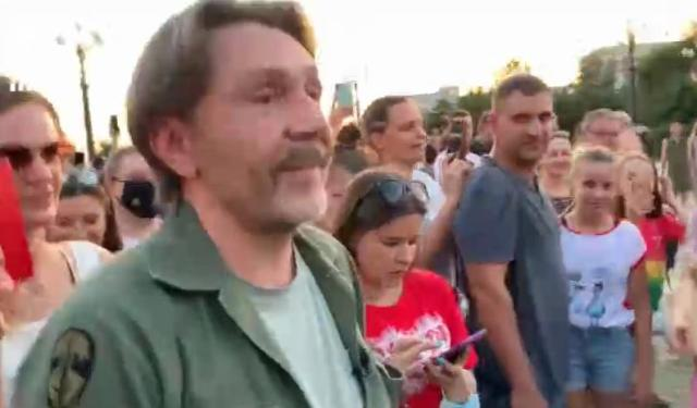 Сергей Шнуров приехал в Хабаровск к Дегтяреву