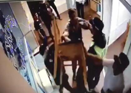 Стулом попытался ударить полицейского хулиган в Изобильном