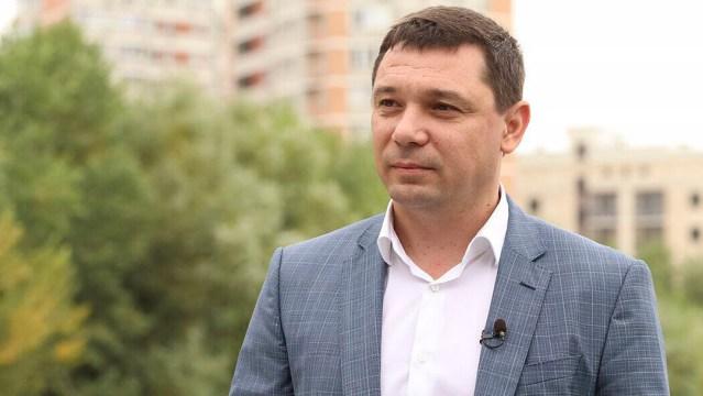 Из больницы выписали переболевшего ковидом мэра Краснодара