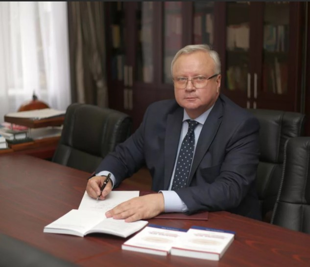 Ректор СтГМУ умер на Ставрополье