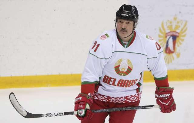 Белоруссию лишили права провести ЧМ по хоккею