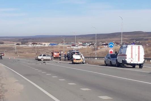 Водитель «Жигулей» погиб в ДТП по дороге в аэропорт