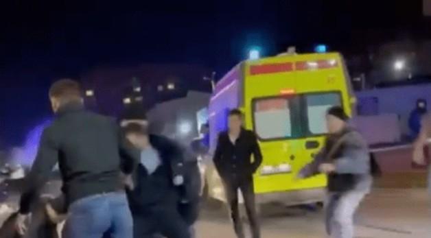 Следователи в КБР выясняют обстоятельства массовой драки возле кафе