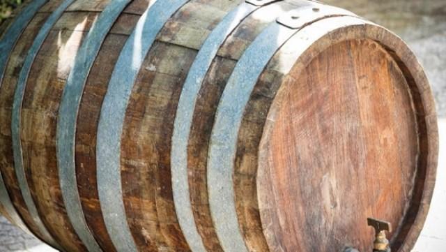 Погреб со 100-летним вином найден в Геленджике