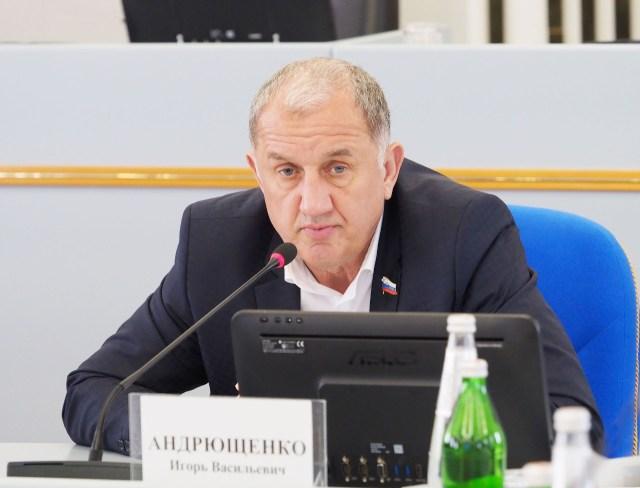 В Думе Ставропольского края обсудили перспективы малоэтажного жилищного строительства