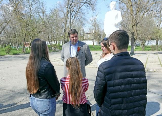 Председатель краевой Думы  ответил на вопросы жителей  о реализации программы благоустройства