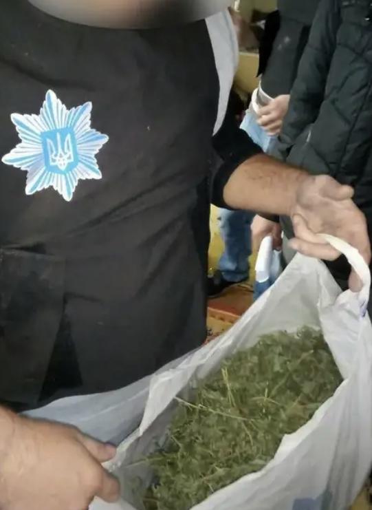 Два ставропольца получили «уголовку» за незаконный «урожай»