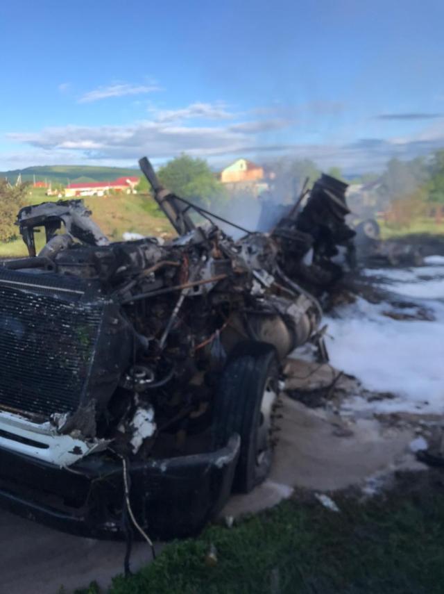 3 человека пострадали в аварии с загоревшимся бензовозом в Ставропольском крае