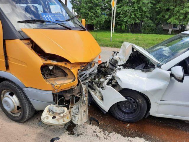 3 человека пострадали в ДТП с маршруткой на Ставрополье