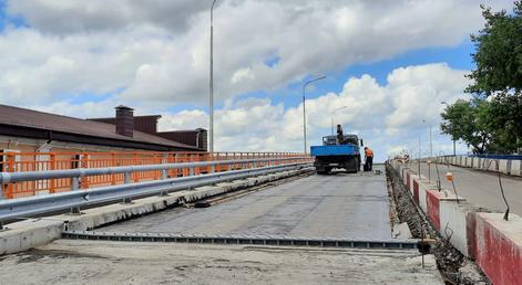 На 2 месяца перекроют автомобильное движение через ремонтируемый путепровод в МинВодах
