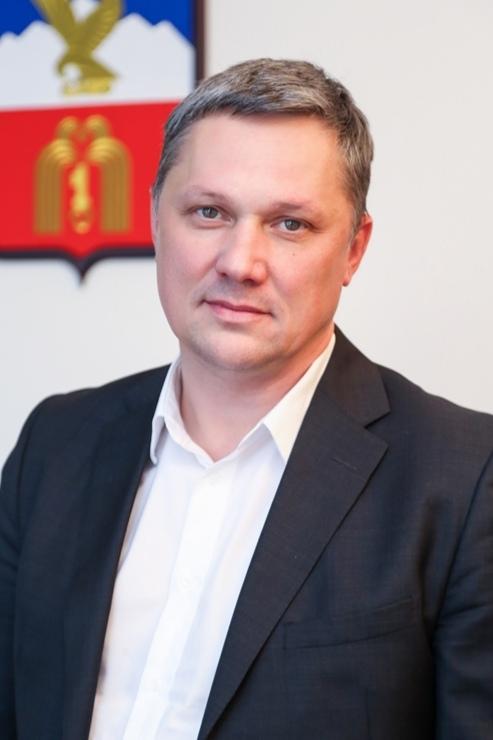 Мэр Пятигорска опроверг информацию о вырубке деревьев на горе Горячей