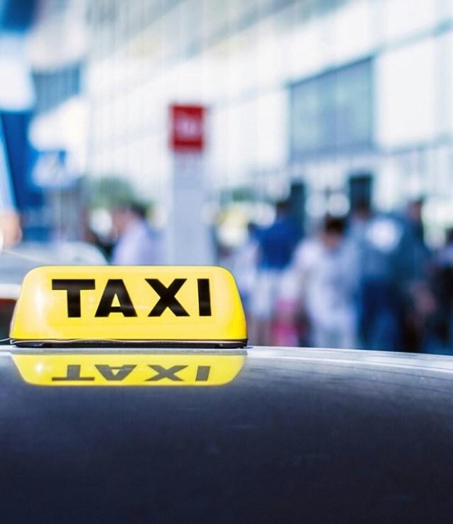 Конфликт между молодыми людьми в такси закончился дракой на Ставрополье