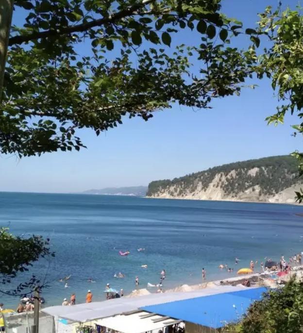 На российских черноморских курортах начался бархатный сезон