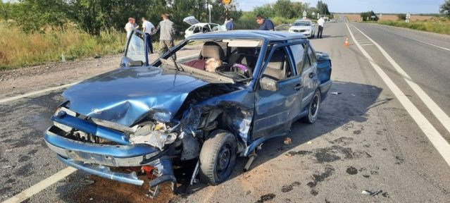 6 ставропольчан пострадали в аварии на Ставрополье