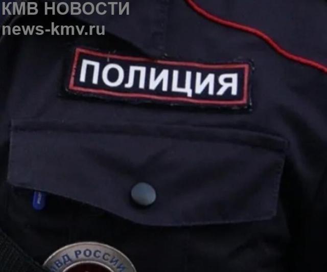 В Казани люди в форме увезли из убежища для жертв насилия двух девушек из Дагестана
