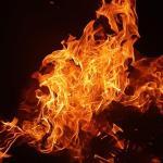 Нежилой дом загорелся в Пятигорске