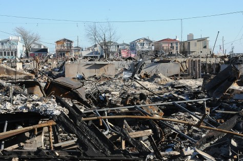 Climate disasters like Superstorm Sandy pose a national security threat because they potentially could make 200 million people around the world climate refugees and put further stress on food and water supplies © 2016 Karen Rubin/news-photos-features.com