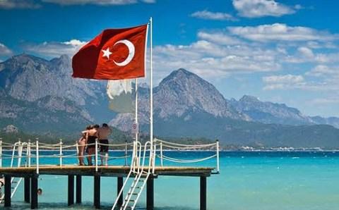 Ростуризм: Граждане РФ имеют право отказаться от путёвок после рекомендации МИД по Турции