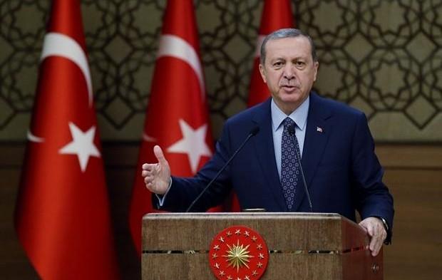 Эрдоган выступил во Дворце перед мухтарами Турции