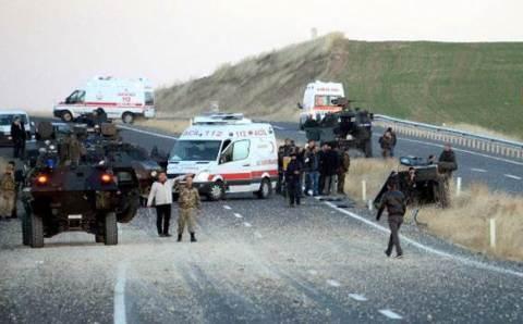 На востоке Турции подорван БТР: 3 погибших полицейских