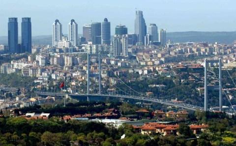 В Турции живут 100 000 миллионеров