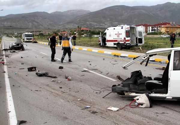 ДТП с участием скорой помощи: 3 погибших, 8 пострадавших