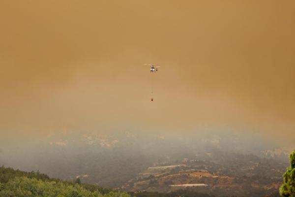 Пожар в Анталии взят под контроль