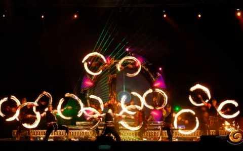 Неделя огня от «Phoenix Fire Dancers» в рамках ЭКСПО