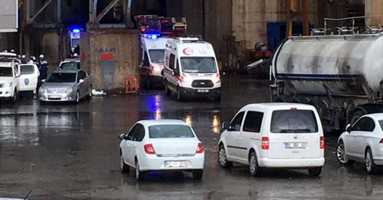 Трое рабочих погибли на заводе от отравления газом
