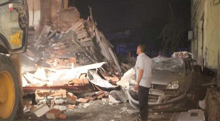 Взрыв сравнял 2-этажную столовую с землей