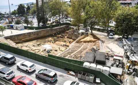 Археологи остановили строительство станции метро «Бешикташ»