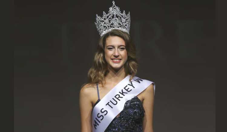 Мисс Турция 2017 лишилась короны на следующий день