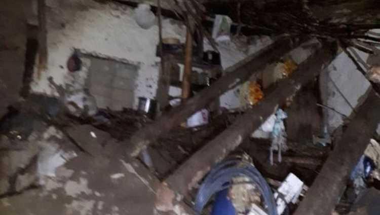 Отец и двое детей погибли под завалами дома