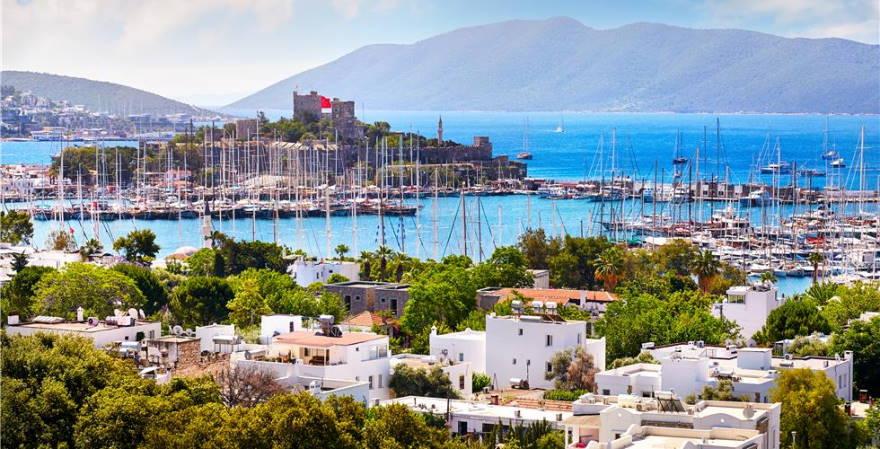 Украина увеличивает число рейсов на курорты Турции