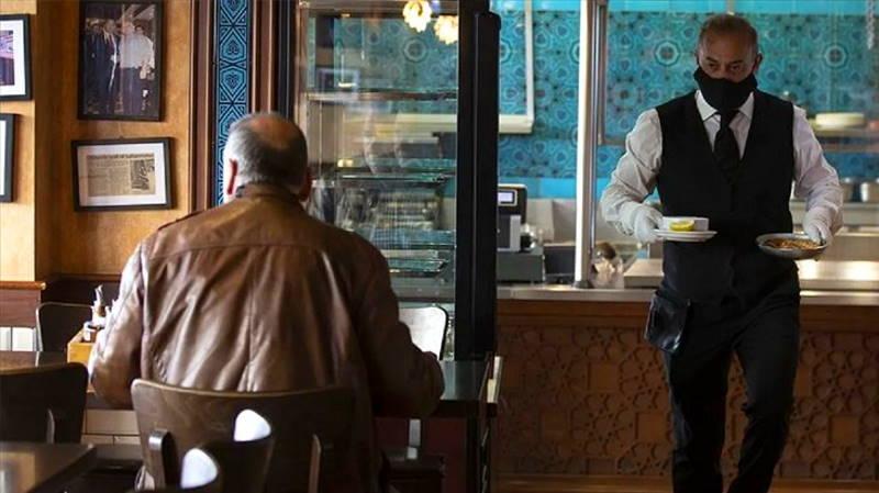 Кафе и ресторанам разрешили работать круглосуточно