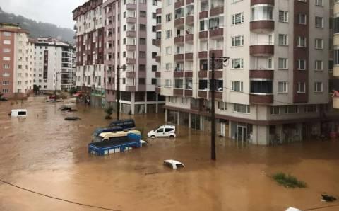 Непогода в Ризе: ливни, сели, наводнения