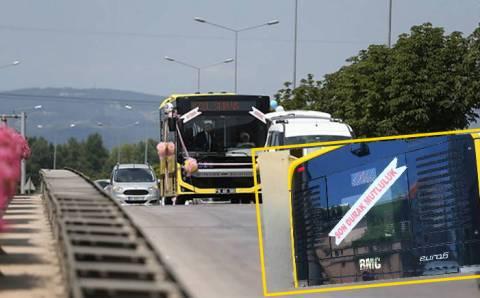 Свадебный автобус с молодоженами проехался по Бурсе