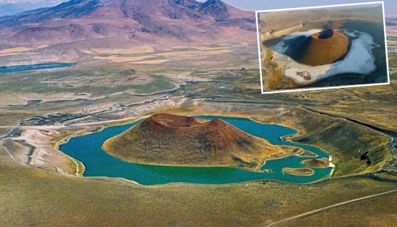Жители Коньи просят спасти уникальное озеро