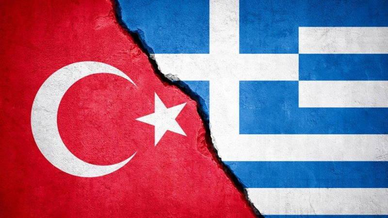 Турция и Греция отказались от военных учений