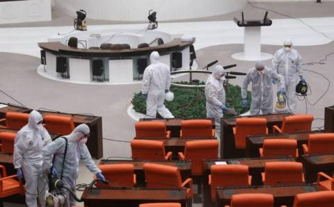 9 депутатов парламента Турции заразились COVID-19
