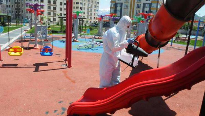 В Кайсери закрыли детские площадки и пикниковые зоны
