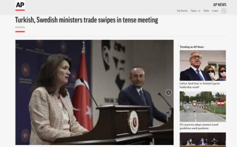 Министры Турции и Швеции устроили перепалку на пресс-конференции