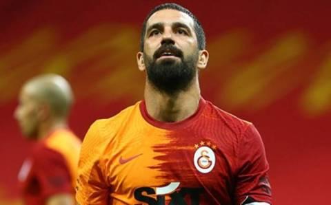 Лидер внезапно проигрывает в Анкаре