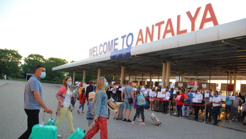 День открытых дверей: 44 самолета и 12 200 туристов