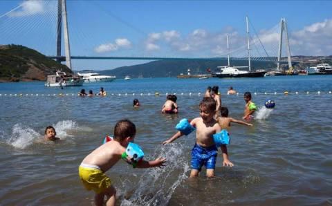 Августовская жара не отпускает Турцию