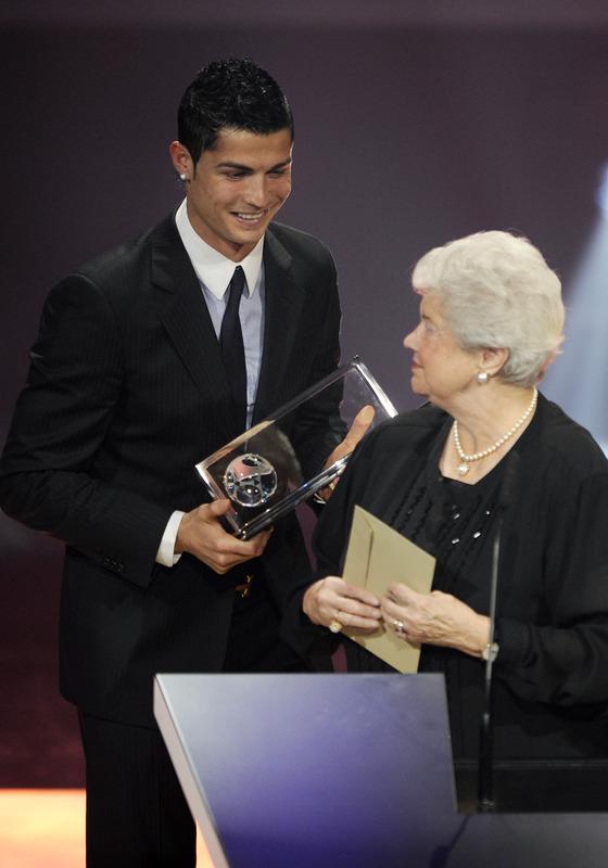 Ronaldo won the Puskas award in 2009