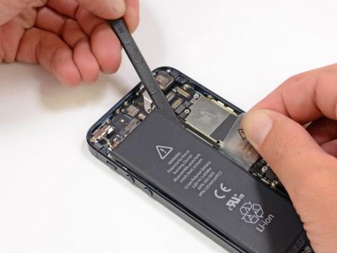 iPhone5 バッテリーの取り外し